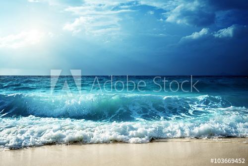 sea on sand